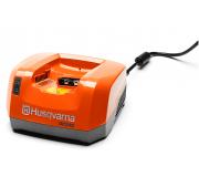 Husqvarna QC330 Acculader